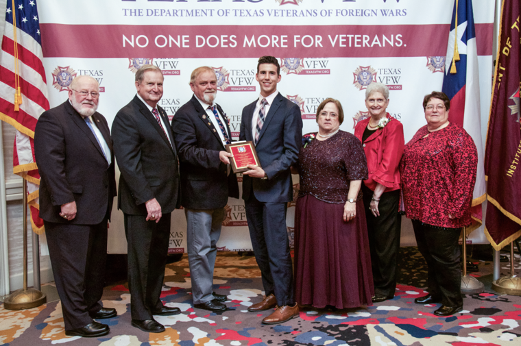 vfw essay competition Patriot's pen each year more than 132,000 students in grades 6-8 enter the vfw's patriot's pen youth essay contest the national first-place winner wins $5,000.