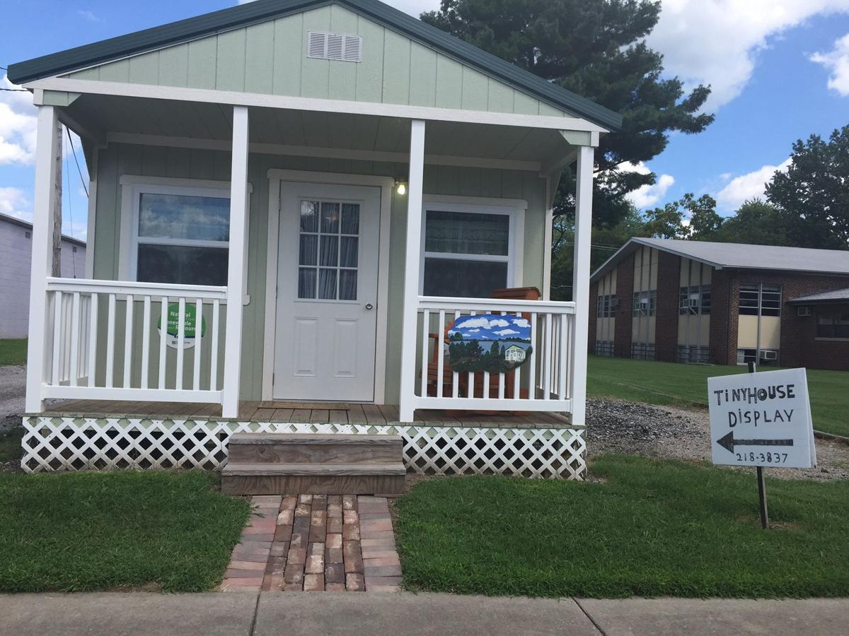 Bringing The Tiny House Trend To Southern Illinois Local
