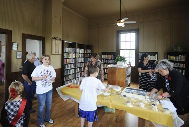 2012-04-15T00:30:00Z Ullin\'s Historic Depot, Library and Village Hall openBYullin village