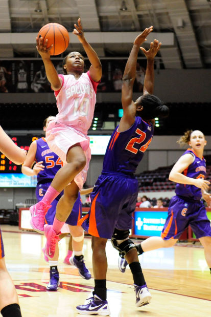 SIU women to take on Sheryl Swoopes, Loyola | Saluki Women ...