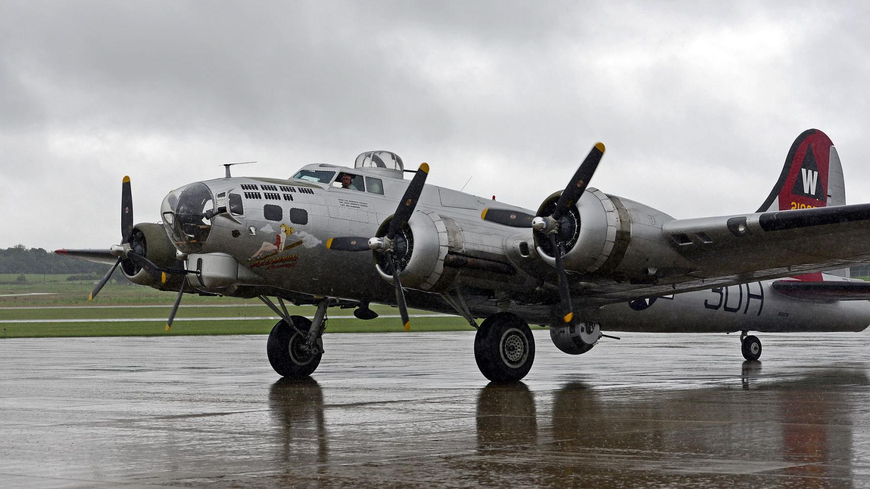 Take a tour or a ride inside a B-17 bomber in Mount Vernon ...