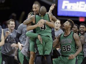 APTOPIX Celtics Cavaliers Basket