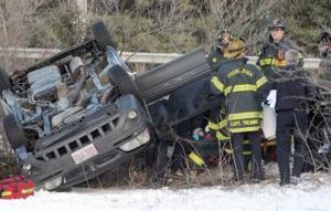 One hurt in I-95 crash in Foxboro