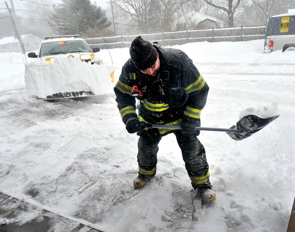 Blizzard Of 2015  The Sun Chronicle  Attleboro. Water Bottling Machines Kinston Movie Theater. International Women Fashion Designers. Mission Housing Development Corporation. Carpet Cleaning Alexandria Va. Berklee College Of Music Online Reviews. Bible College In Southern California. Csuf Teaching Credential About College Degrees. Professional Accounting Software