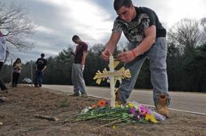 Mansfield girl dies in Foxboro crash