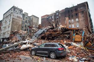 APTOPIX Building Collapse Manhat