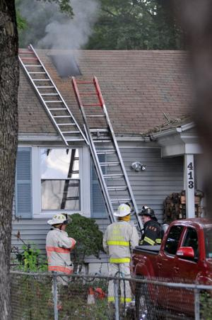 Newport Ave House Fire AFD