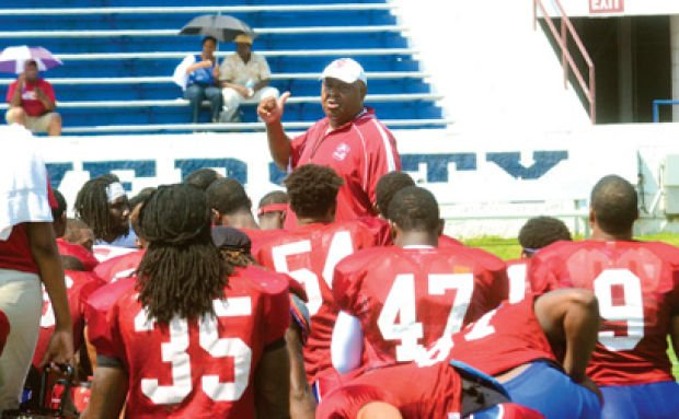 Early-morning practices work well for Bulldogs, Pough says
