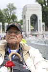 Honor flight gave vets chance share memories of WWII