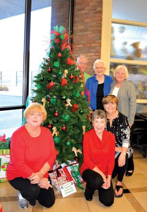 Garden Clubs bring cheer to RMC