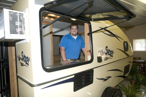 Calhoun businessman manufacturing small camper made of ...