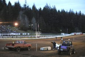Mud Drags at Coos Bay Speedway