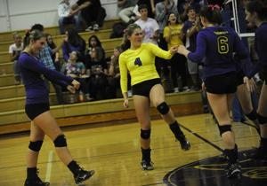 Marshfield vs. North Bend volleyball