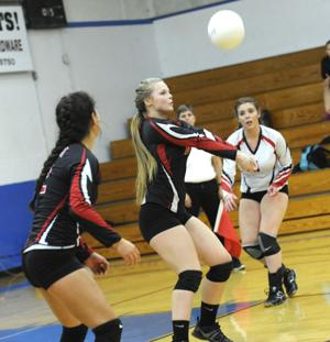 Myrtle Point vs. Reedsport Volleyball