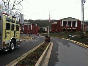 Bomb threat clears City Hall