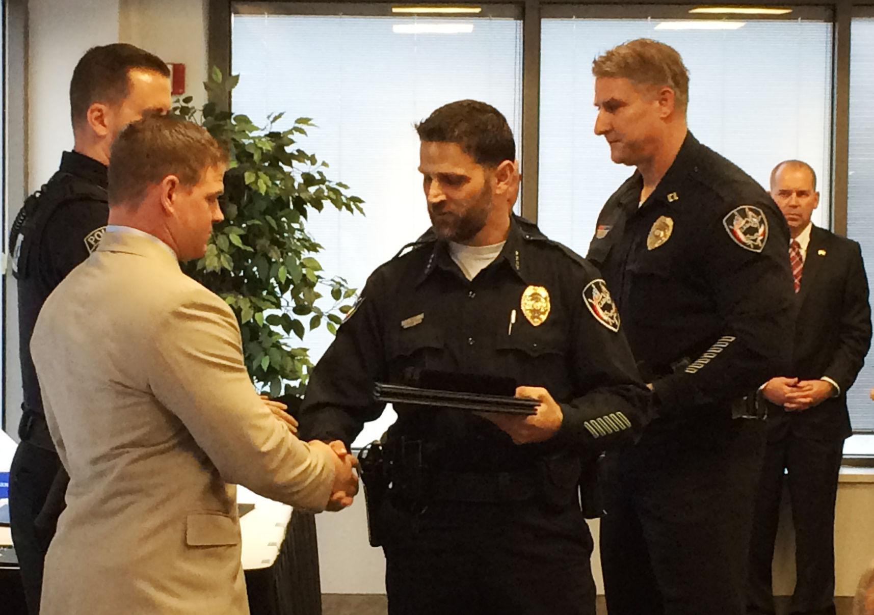 casper police award officers  citizens for hard work