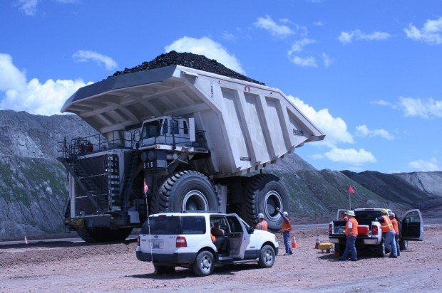 largest mine haul truck - Wyoming manufacturer builds world's largest coal hauler  Wyoming ...