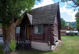 Preservationists seek to save old Jackson cabin