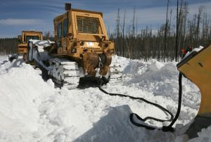 Yellowstone plow crews labor to open park for spring visitors