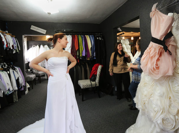 Wedding Bells Ring Early Wyoming Brides Grooms Among The