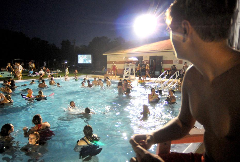 Swimmers Pack Windber Pool For Movie Night With Video News