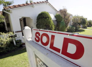 Mortgage rates fall again; impact may be limited