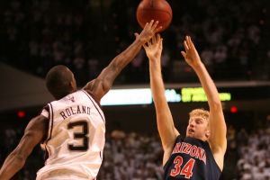 Photos: UA sports Throwback Thursday Chase Budinger