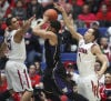 Pac-12 basketball No. 12 Arizona 70, Washington 52 Everything clicks for UA