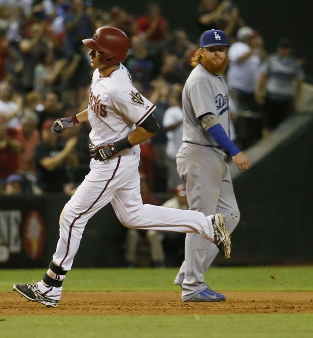 Diamondbacks fall to Dodgers 6-4 in 10 innings