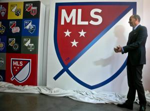 MLS advierte posible salida de Chivas USA en 2015