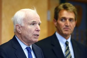 McCain reiterates support for A-10 during Davis-Monthan visit