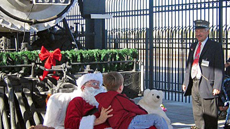 7 places to visit santa in tucson local news. Black Bedroom Furniture Sets. Home Design Ideas