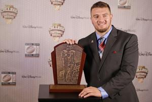Arizona football: Wright headlines Bednarik watch list