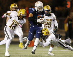 Dicochea, Cienega keep title dreams alive in thriller