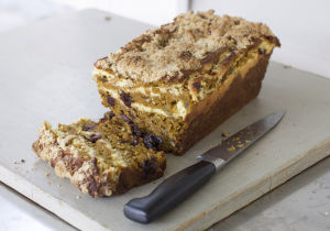 A speedy, kitchen sink approach to pumpkin bread