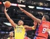 Lakers get rings, do their thing in win over Clippers