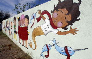 Tucson Oddity:  Fanciful mural greets passers-by