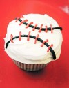 Yo! Batter up! Cupcakes for baseball season
