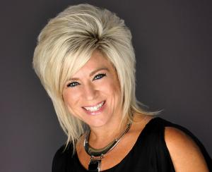 'Long Island Medium' brings live show to Tucson Arena