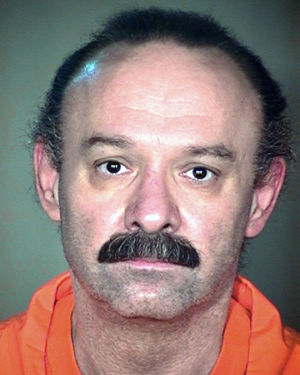 Arizona holds off issuing execution warrants