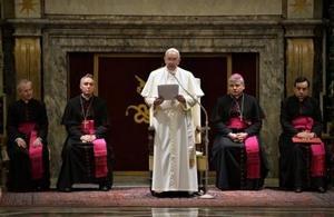 El papa Francisco enumera 15 pecados de la Curia