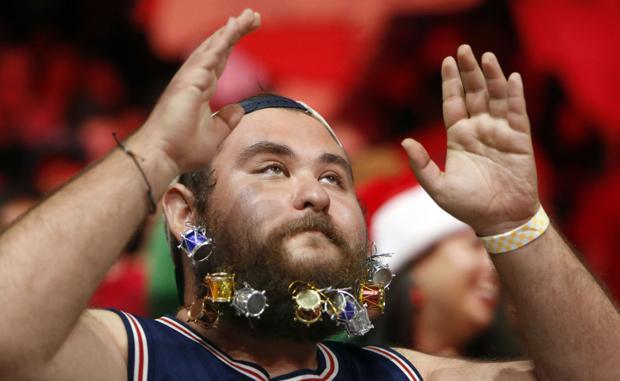 UA basketball: On the bearded superfan, Rondae and 'McLobell'
