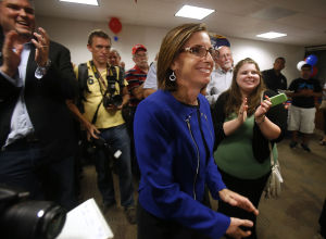 McSally wins primary, ready for rematch with Barber