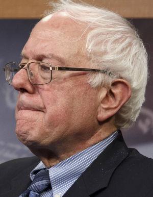 Grijalva gives Sanders his first congressional endorsement