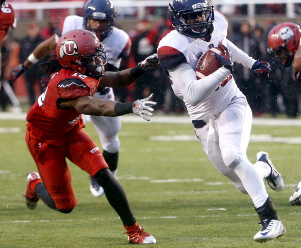 UA football: Wildcats move up in polls