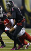 UA defense frustrates Mariota again without blitzing