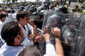 Venezuela: Muere líder estudiantil en protesta