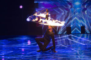Tucsonan advances to quarterfinals on 'America's Got Talent'