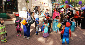 Sociales: Fiesta de Halloween en la iglesia