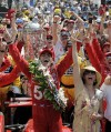 Indianapolis 500: Franchitti honors late buddy Wheldon with 3rd Indy title